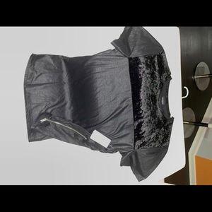 Shirts - Men Guess shirt size medium  a zipper on the side
